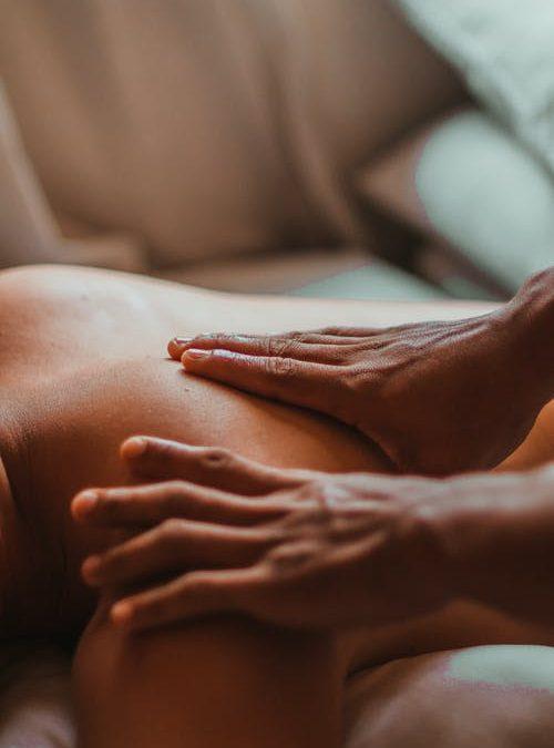 Warum eine achtsame Berührung für die erotische Kompetenz wichtig ist: